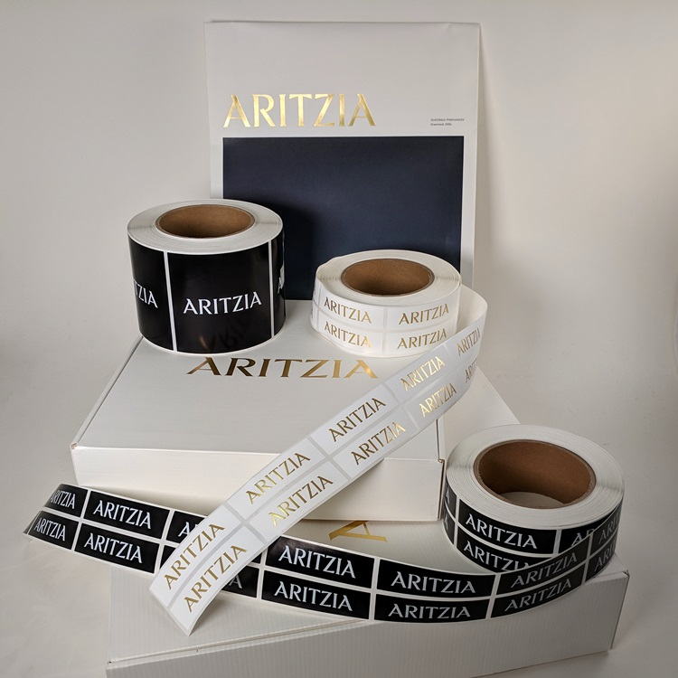 Aritzia Holiday Folding Gift Boxes with Gold Hotstamp Logo, Sticker Labels and Ecomm Paper Gusset Insert Bag