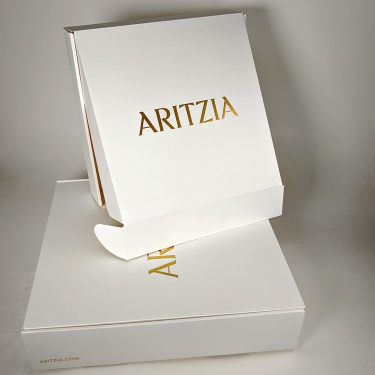 Aritzia Holiday Folding Gift Boxes with Gold Hotstamp Logo
