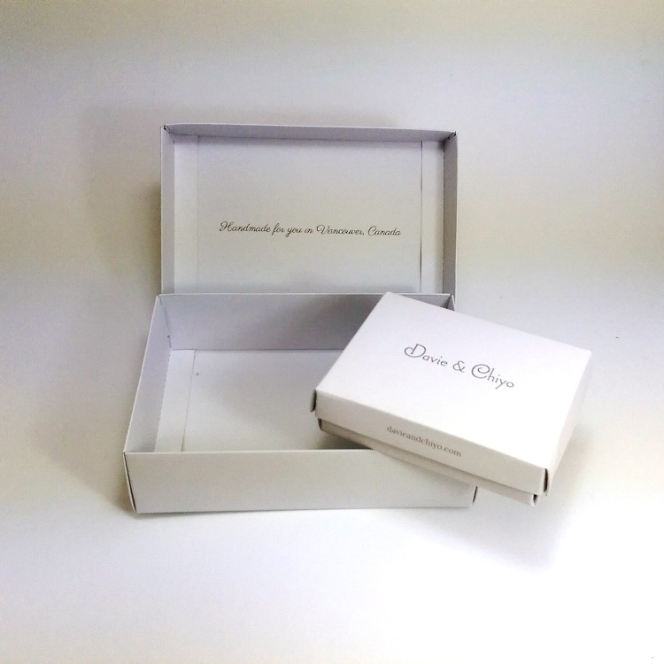 Davie & Chiyo Simplex Folding Boxes 2 Sizes with Interior Print